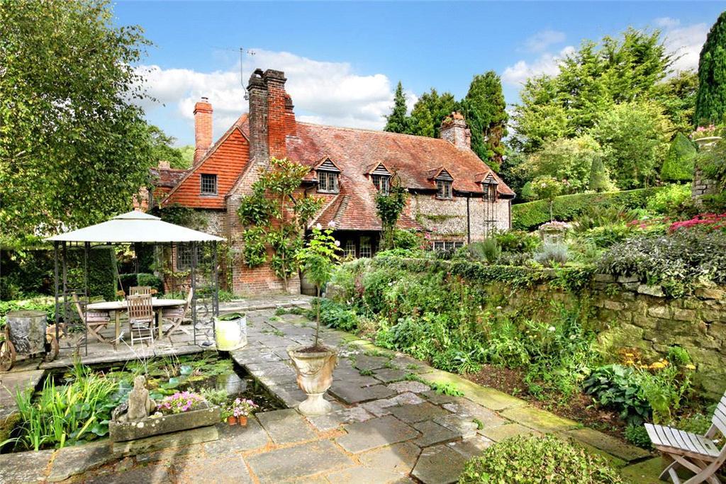 4 Bedrooms Detached House for sale in Boss Lane, Hughenden Valley, Buckinghamshire, HP14