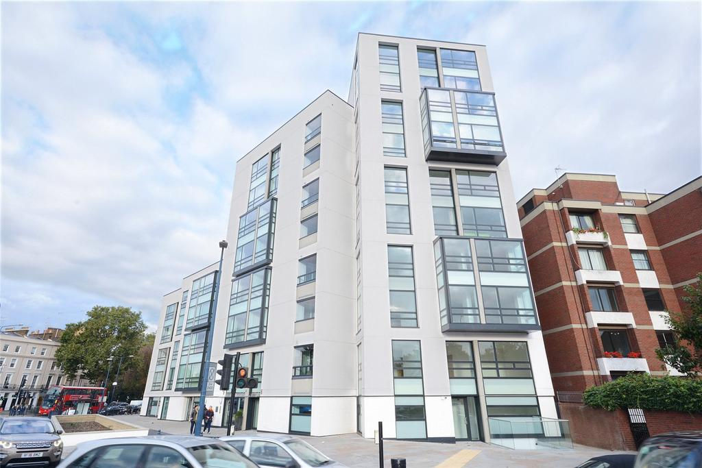 1 Bedroom Flat for sale in Holland Park Avenue, Holland Park, London, W11