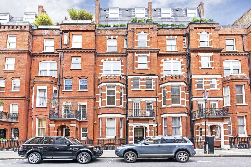 1 Bedroom Flat for sale in Egerton Gardens, Knightsbridge, London, SW3