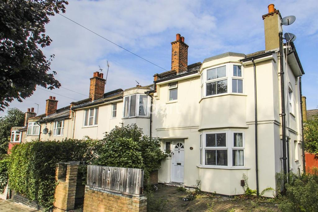 3 Bedrooms End Of Terrace House for sale in Church Lane, Tooting, SW17