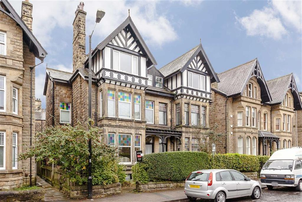 3 Bedrooms Duplex Flat for sale in East Parade, Harrogate, North Yorkshire