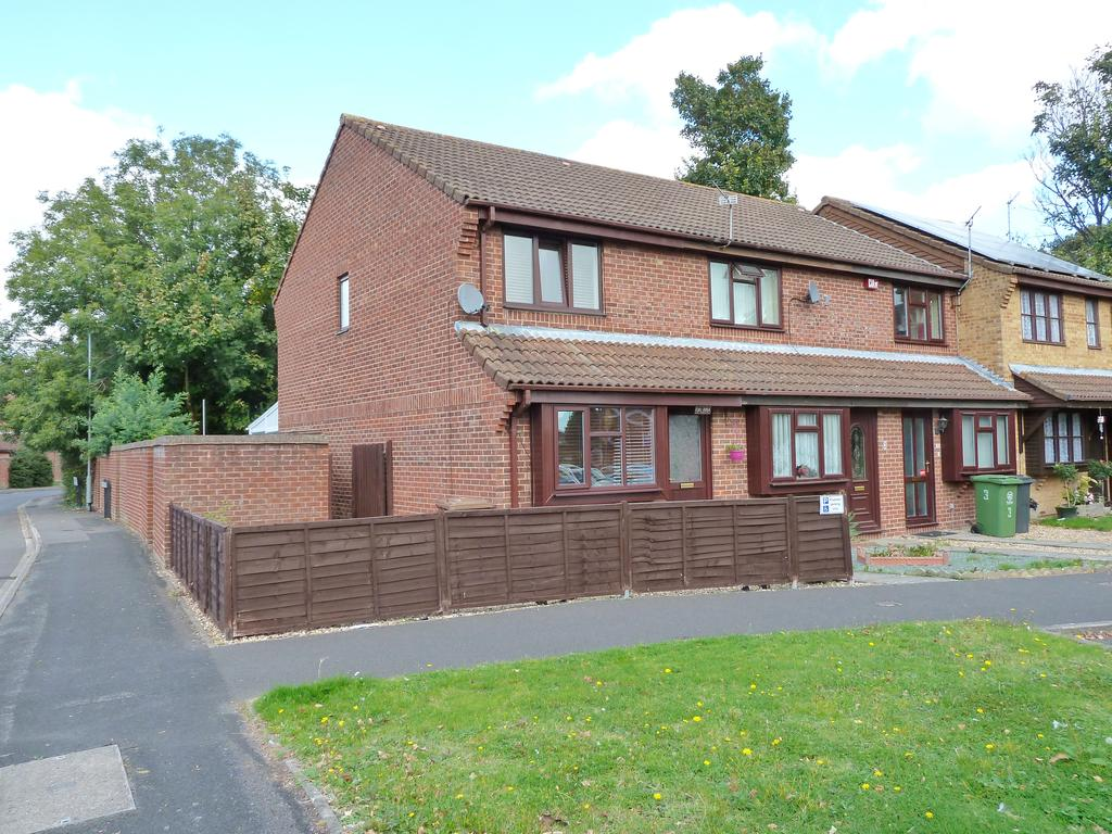 2 Bedrooms House for sale in Honeywood Close, Hilsea