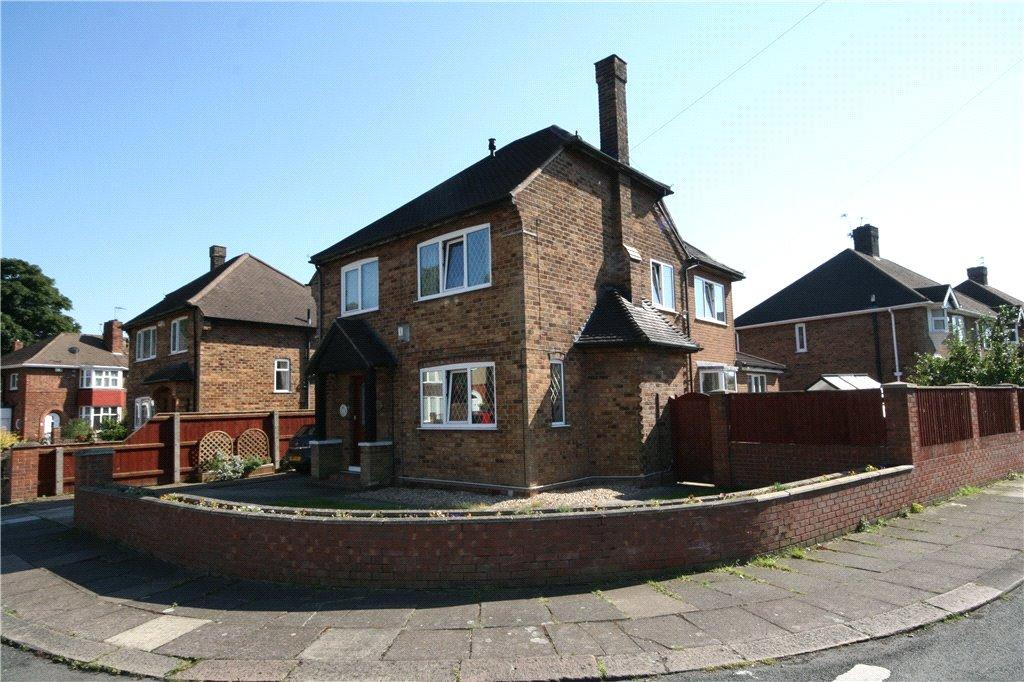 4 Bedrooms Detached House for sale in Canterbury Drive, Grimsby, DN34