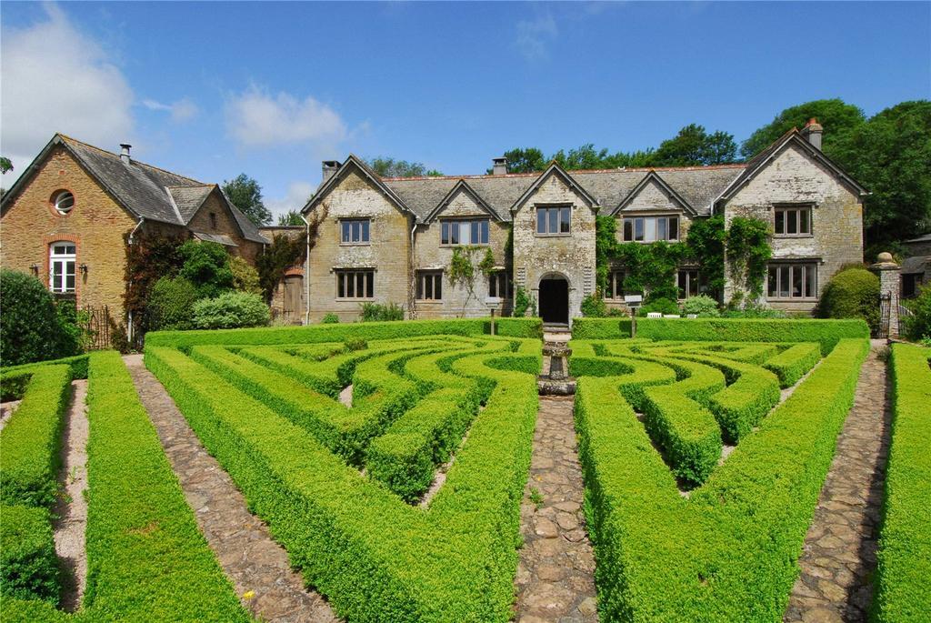 7 Bedrooms Detached House for sale in Nr Kingsbridge, Devon, TQ7