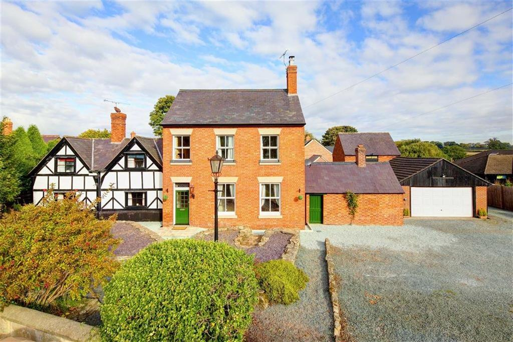 4 Bedrooms Detached House for sale in Mortimer House, Clive, SY4
