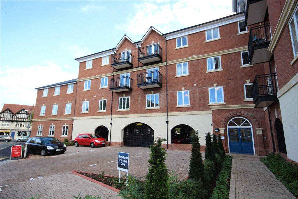 2 Bedrooms Apartment Flat for sale in St Peters Court, 2 St Peters Street, Worcester, Worcestershire, WR1