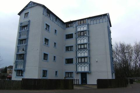 3 bedroom flat to rent - Cartington Court, Newcastle Upon Tyne