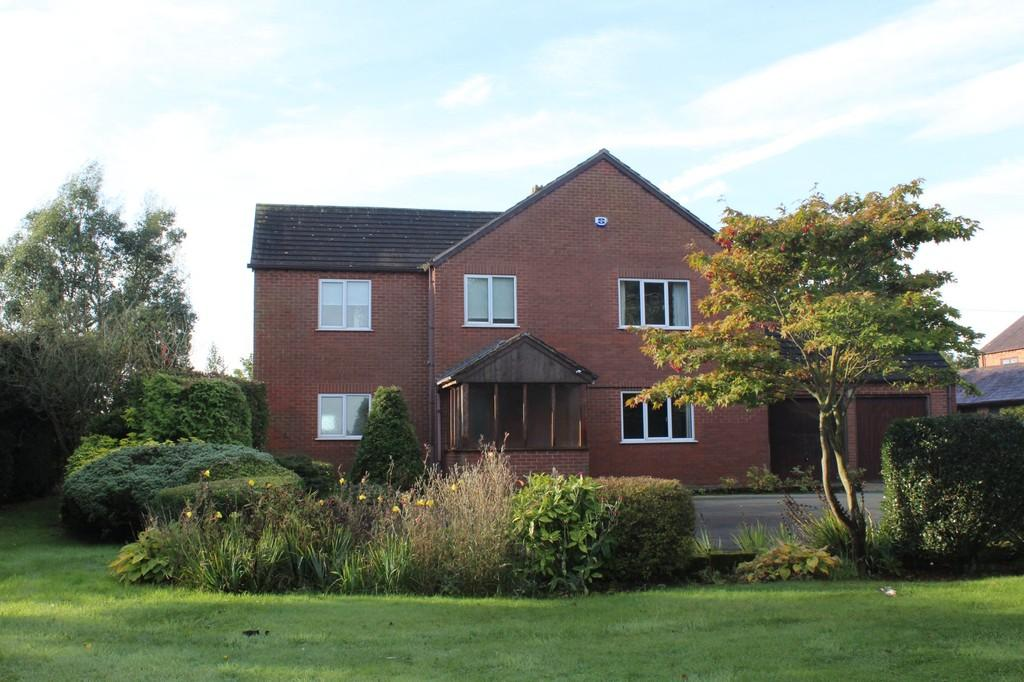 5 Bedrooms Detached House for sale in Holtridge, Norbury, Whitchurch