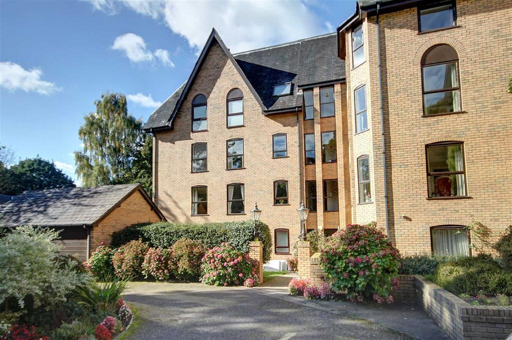 2 Bedrooms Retirement Property for sale in St Margarets Road, Bowdon, Cheshire