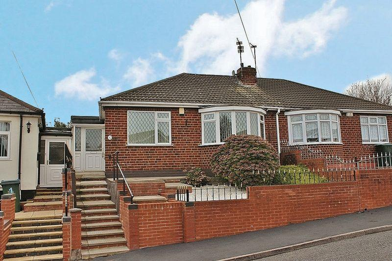 2 Bedrooms Semi Detached Bungalow for sale in Myrtle Terrace, Tipton