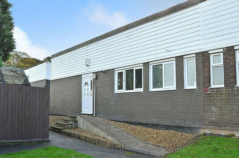 3 Bedrooms Bungalow for sale in Merlin Close, Castlefields