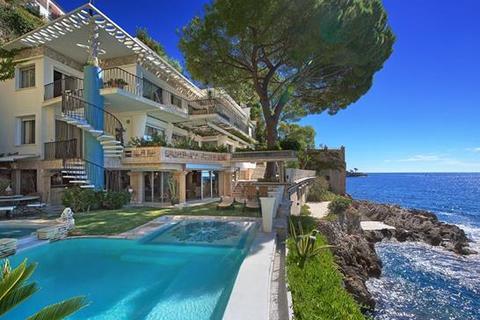 5 bedroom villa  - Cap D'Ail, Alpes Maritimes, Cote D'Azur