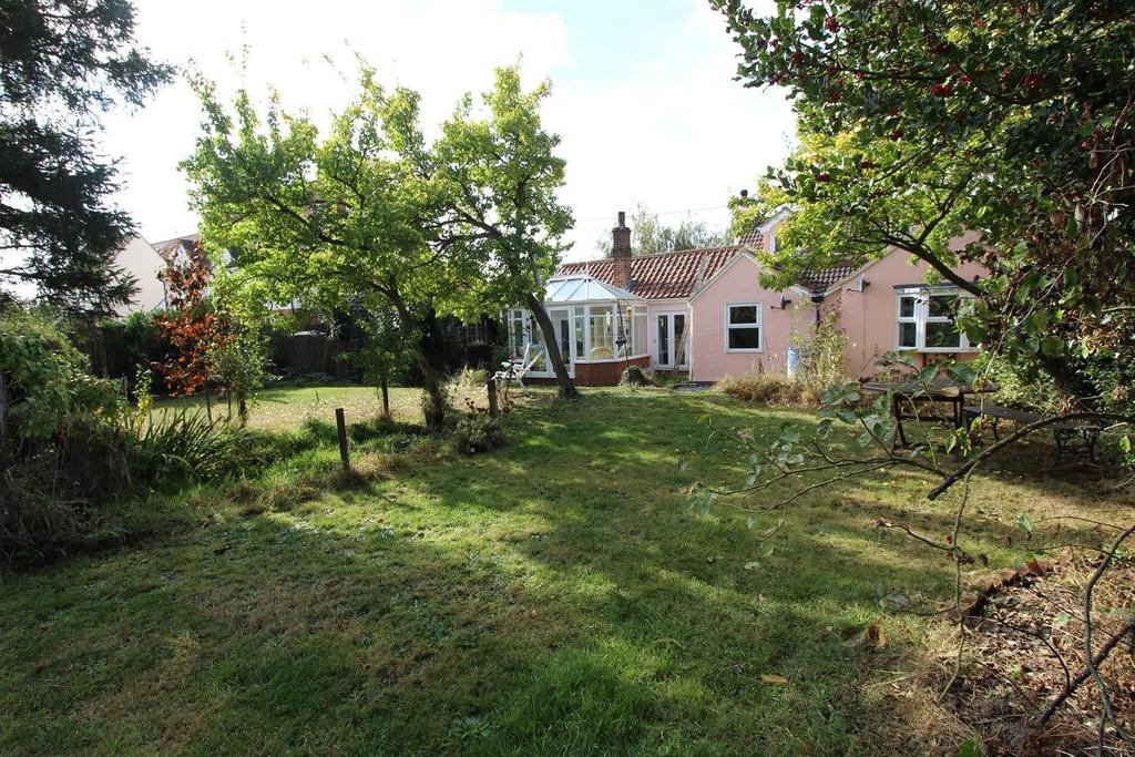 4 Bedrooms Cottage House for sale in Gambles Green, Terling, Chelmsford, CM3