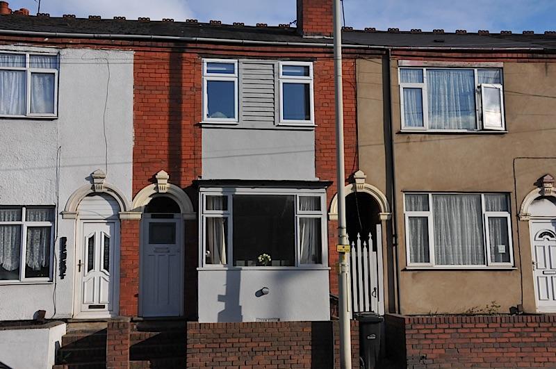 3 Bedrooms Terraced House for sale in LYE - Lyndon Lea, Pedmore Road