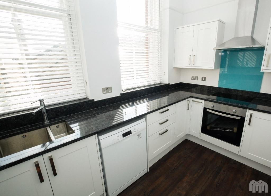 3 Bedrooms Flat for rent in Ship Street Brighton Brighton BN1