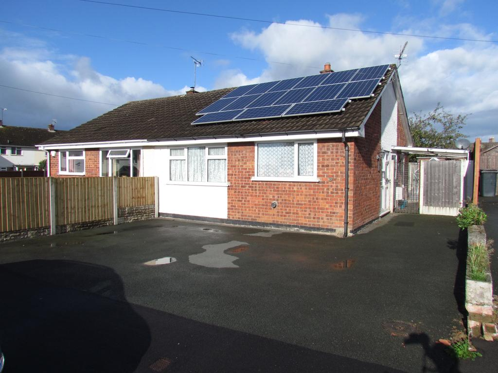 2 Bedrooms Semi Detached Bungalow for sale in Walford Road, Oswestry SY11