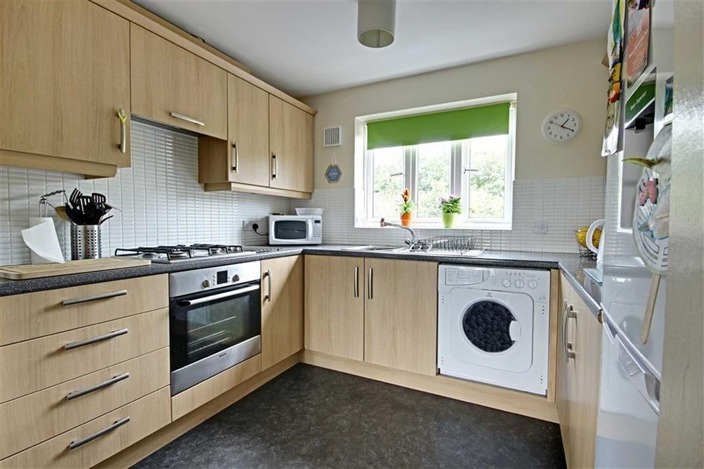 2 Bedrooms Flat for sale in Landfall Drive, Hebburn, Tyne And Wear