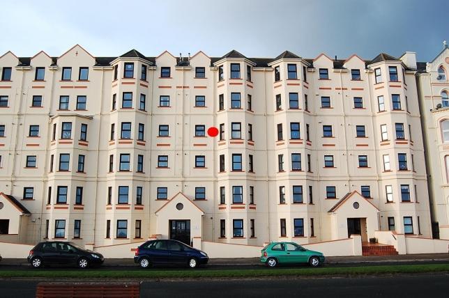 2 Bedrooms Apartment Flat for sale in Mooragh Promenade, Ramsey, IM8 3BD