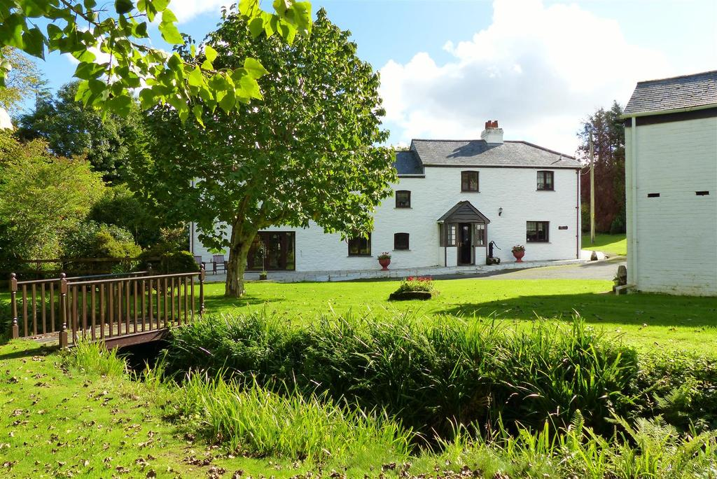 4 Bedrooms Cottage House for sale in Killiow, Truro