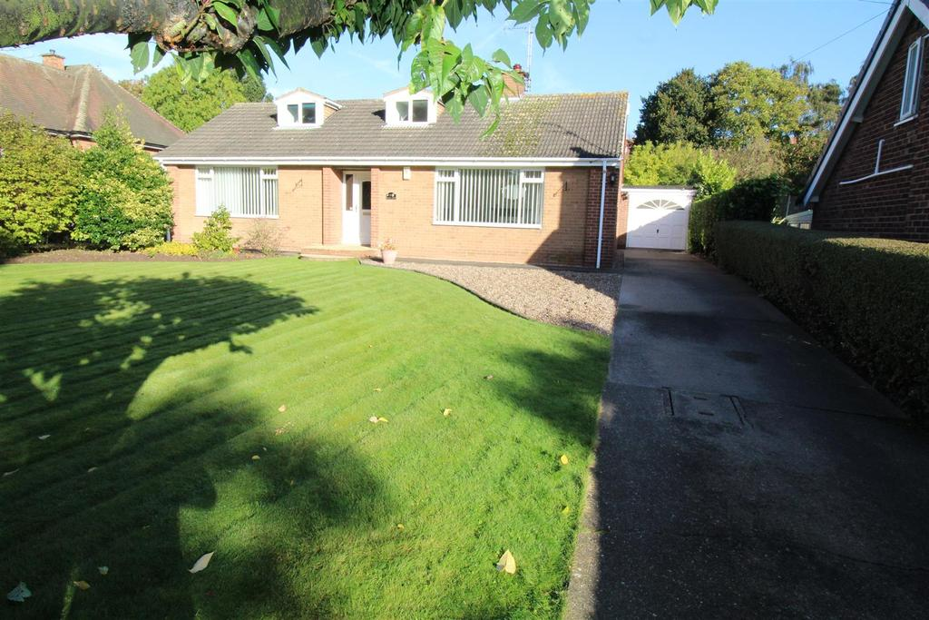 4 Bedrooms Detached Bungalow for sale in Blyth Grove, Worksop