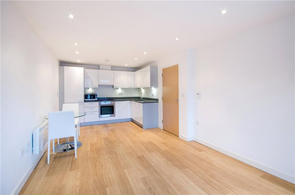 2 Bedrooms Flat for sale in Webber Street, London, SE1
