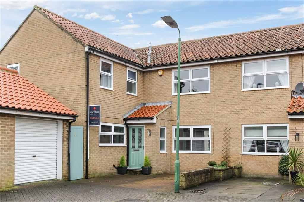 4 Bedrooms Semi Detached House for sale in Harmire Close, Barnard Castle, County Durham