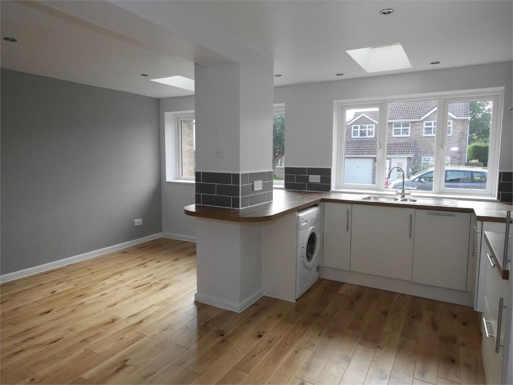 3 Bedrooms Semi Detached House for sale in Dulverton Drive, Sully