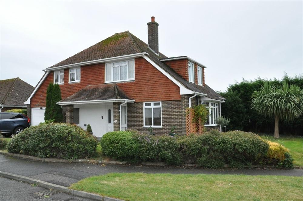 3 Bedrooms Detached House for sale in Grenada Close, Little Common, Bexhill-On-Sea