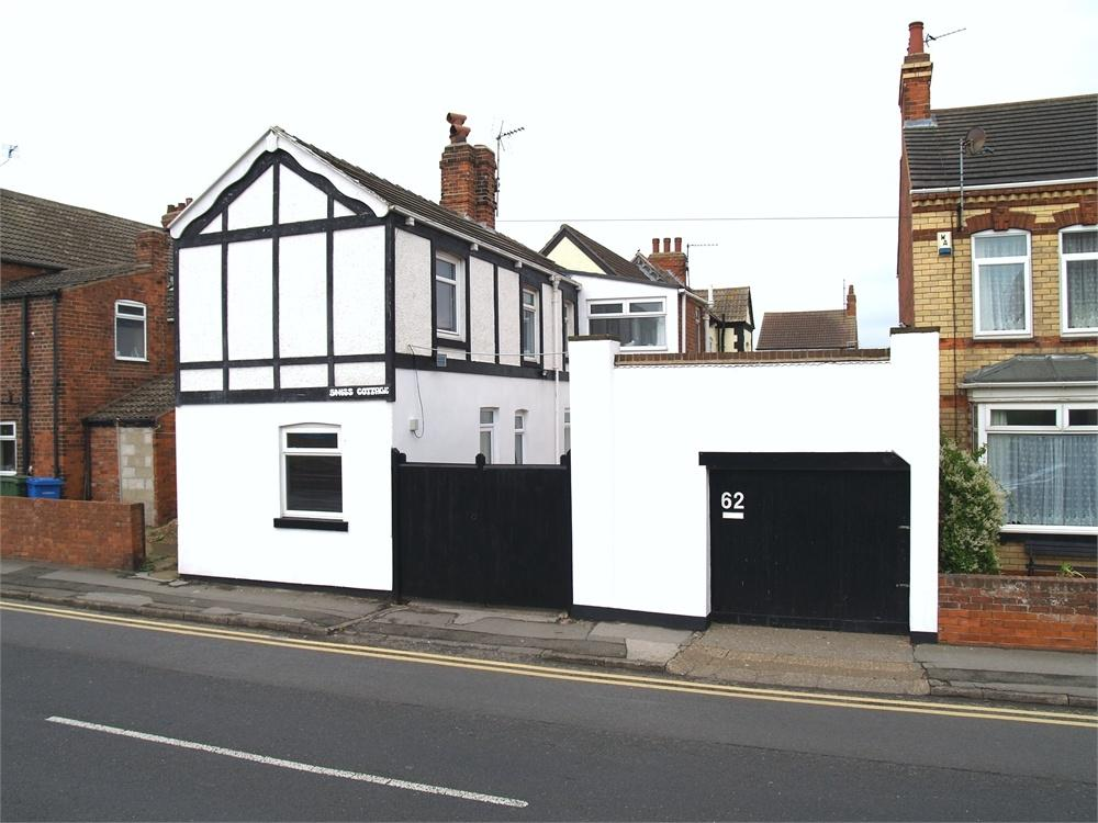 3 Bedrooms Detached House for sale in 62 Arthur Street, WITHERNSEA, East Riding of Yorkshire