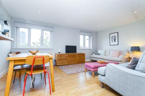 1 bedroom flat to rent - Crowngate House, Hereford Road, Bow, E3