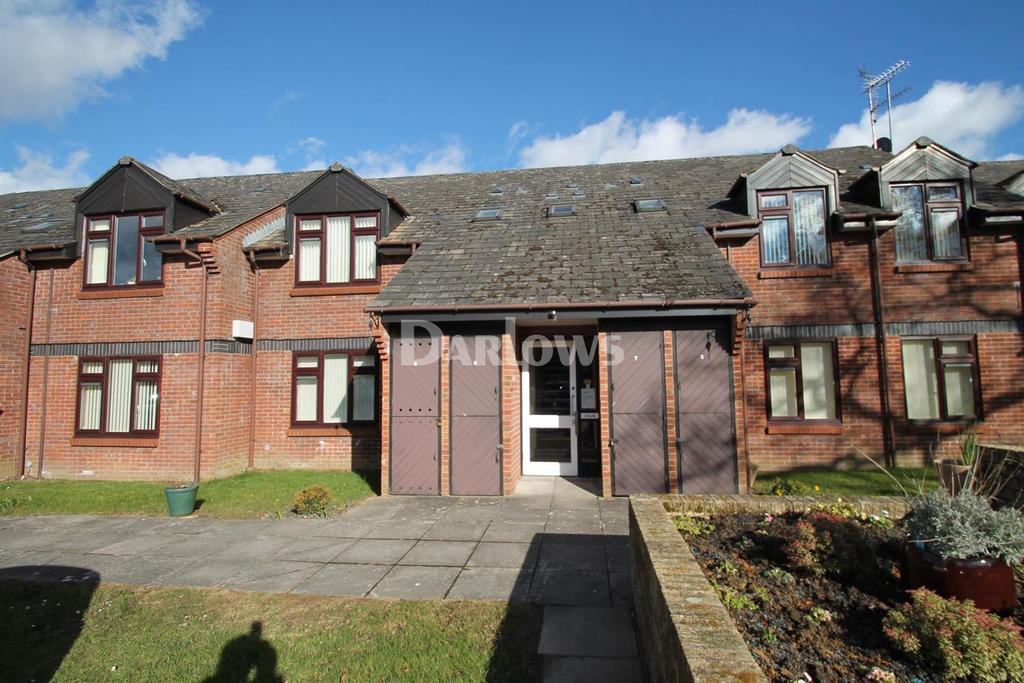 1 Bedroom Flat for sale in Oakmeadow Court, Ashdown Close, St Mellons