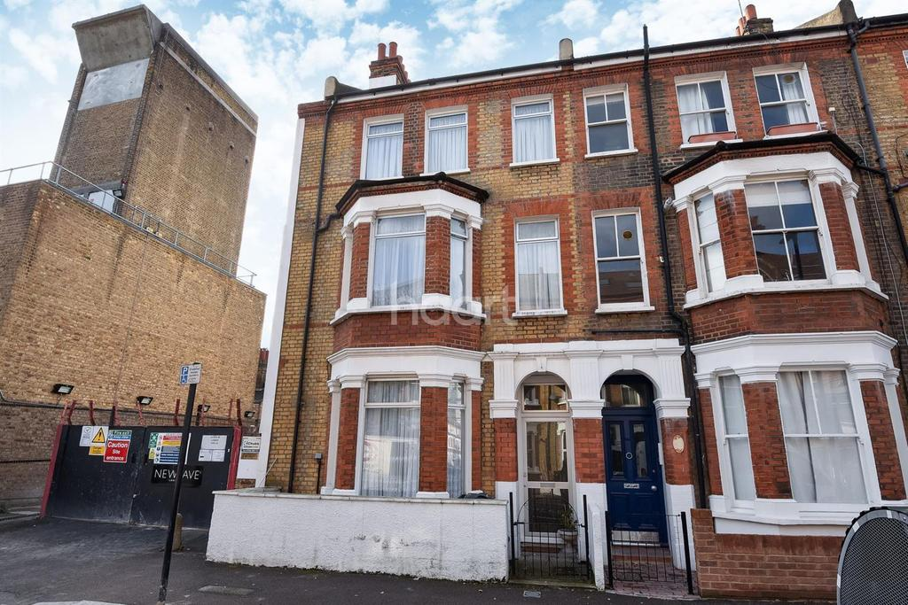 5 Bedrooms End Of Terrace House for sale in Rita Road, Vauxhall, SW8