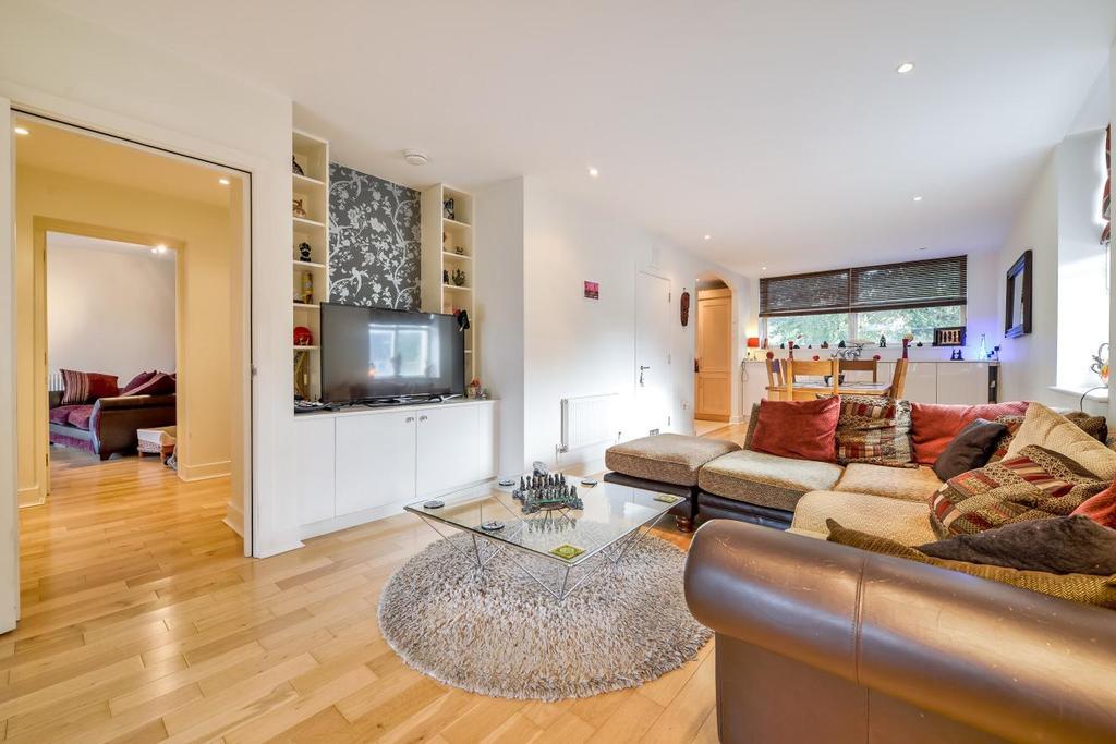 2 Bedrooms Flat for sale in Alberta Street, Kennington, SE17