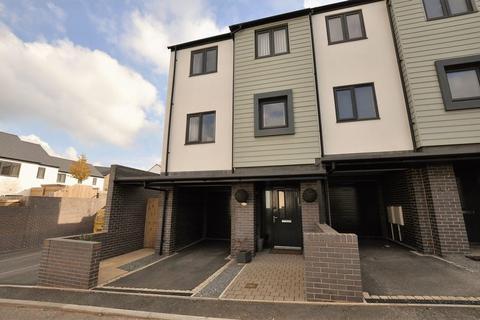 3 bedroom terraced house to rent - Meadowsweet Lane, Paignton