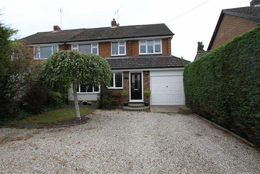 4 Bedrooms Semi Detached House for sale in Tye Common Road, Billericay