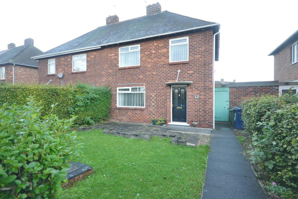 3 Bedrooms Semi Detached House for sale in Staintondale Avenue, Redcar TS10