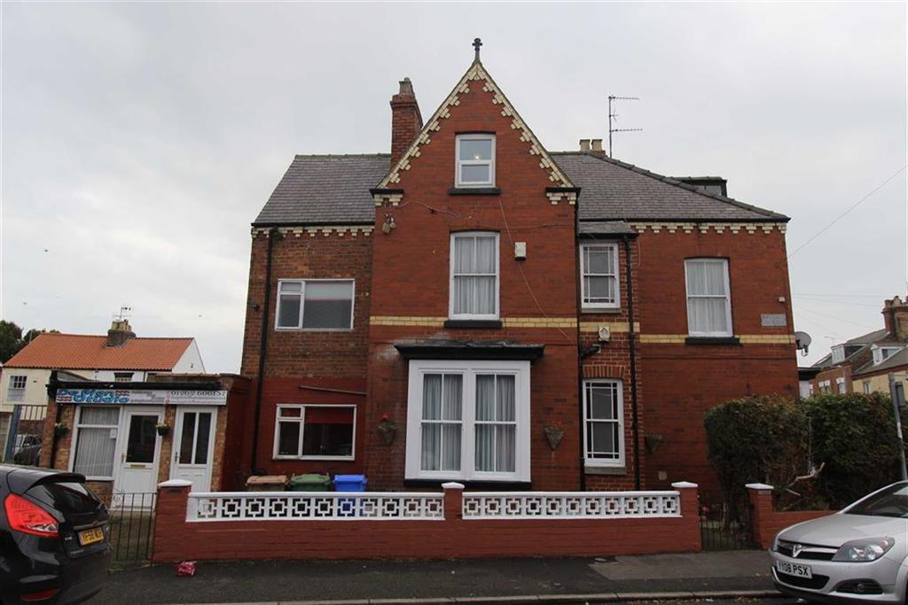 5 Bedrooms Terraced House for sale in Havelock Street, Bridlington, YO16
