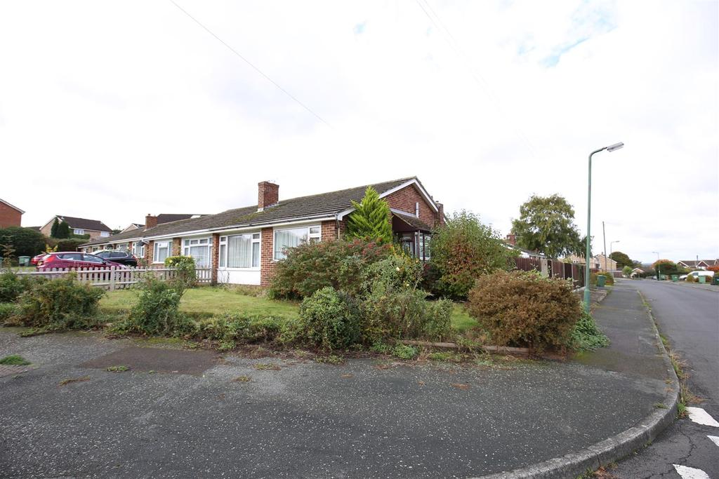 2 Bedrooms Bungalow for sale in Broadfield Road, Maidstone