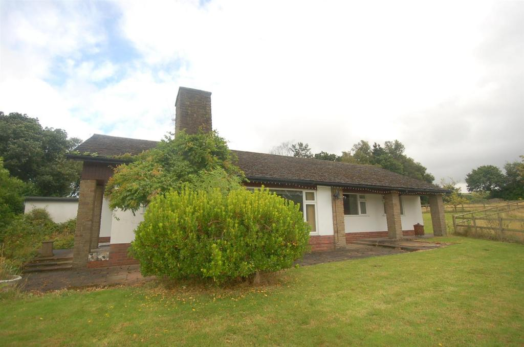 3 Bedrooms Detached Bungalow for sale in Bignall Hill, Bignall End