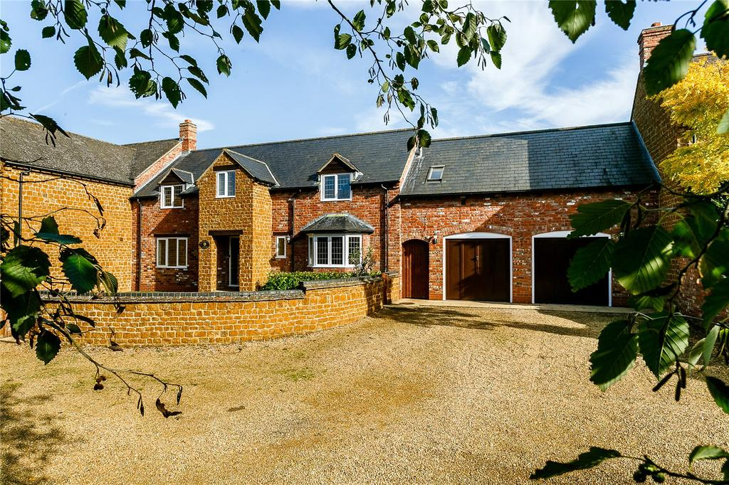 4 Bedrooms House for sale in Stable Mews, Langdon Lane, Radway, Warwick