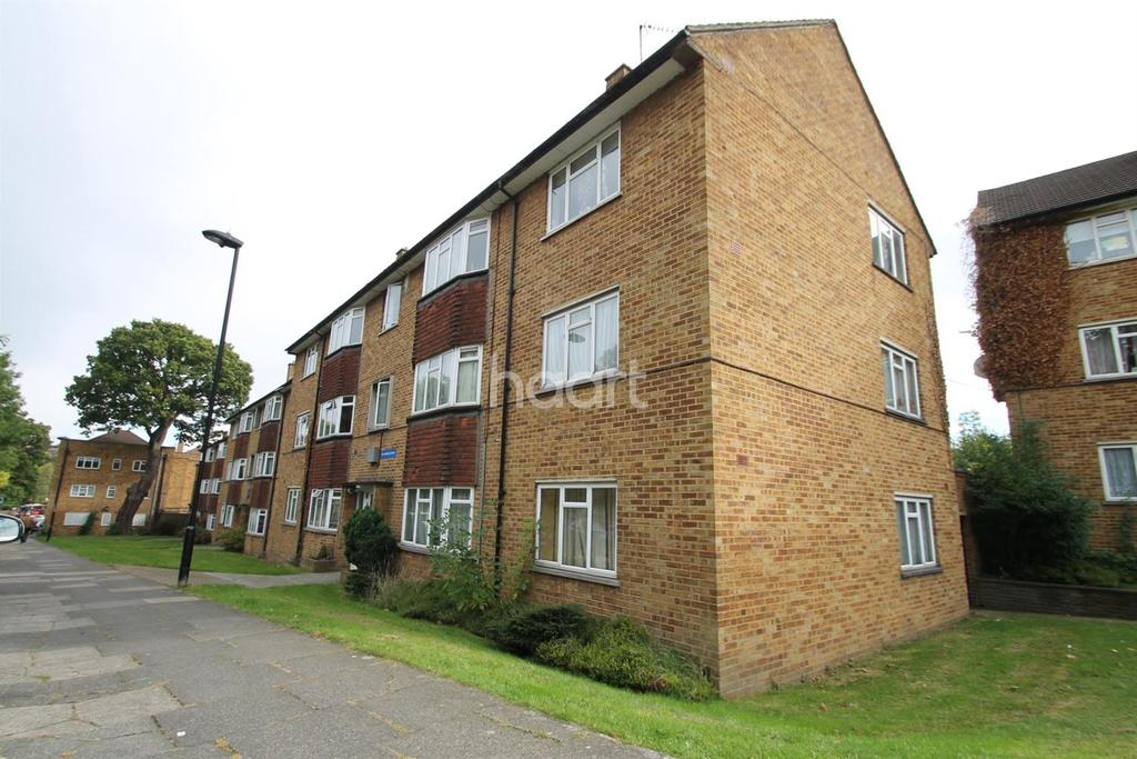 2 Bedrooms Flat for sale in Enfield Road