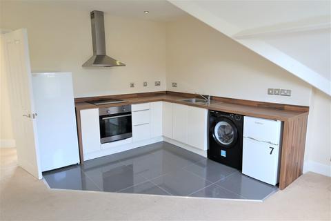 2 bedroom flat to rent - Windsor Road, Penarth,