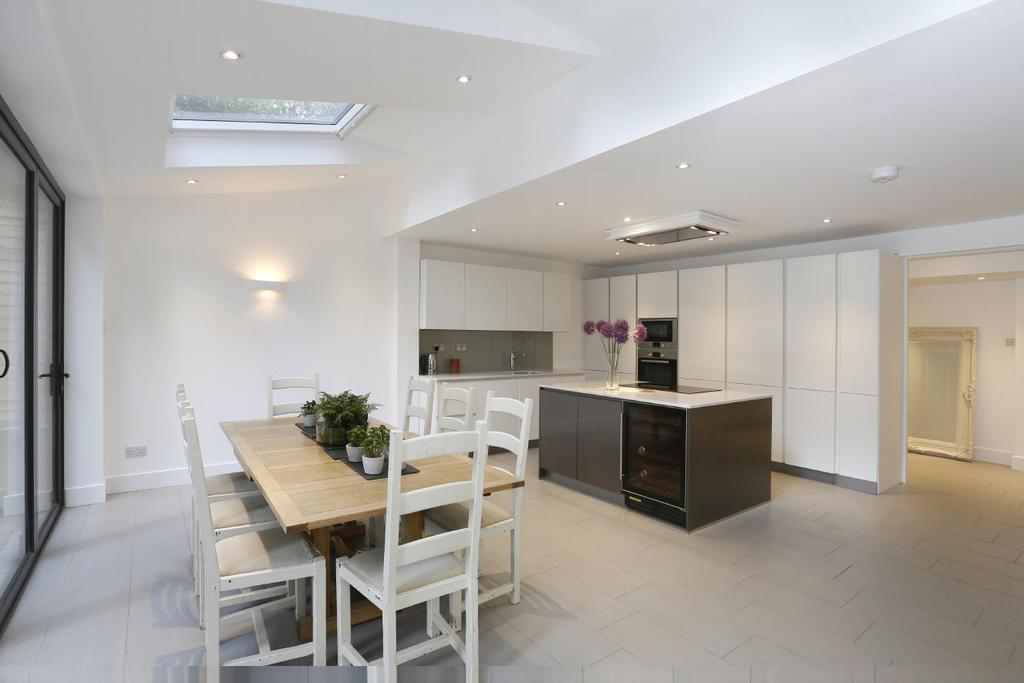 5 Bedrooms Town House for sale in Somerset Road, Wimbledon, SW19