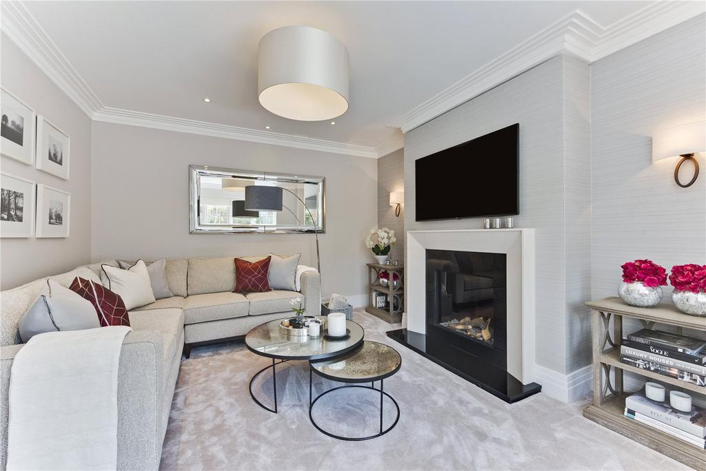 5 Bedrooms Detached House for sale in Henley Drive, Kingston upon Thames, KT2