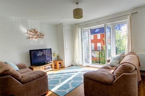 2 bedroom flat for sale - Wells View Drive, Bromley, Kent