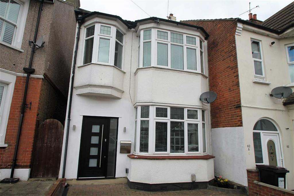 3 Bedrooms House for sale in St Georges Park Avenue, Westcliff On Sea, Essex