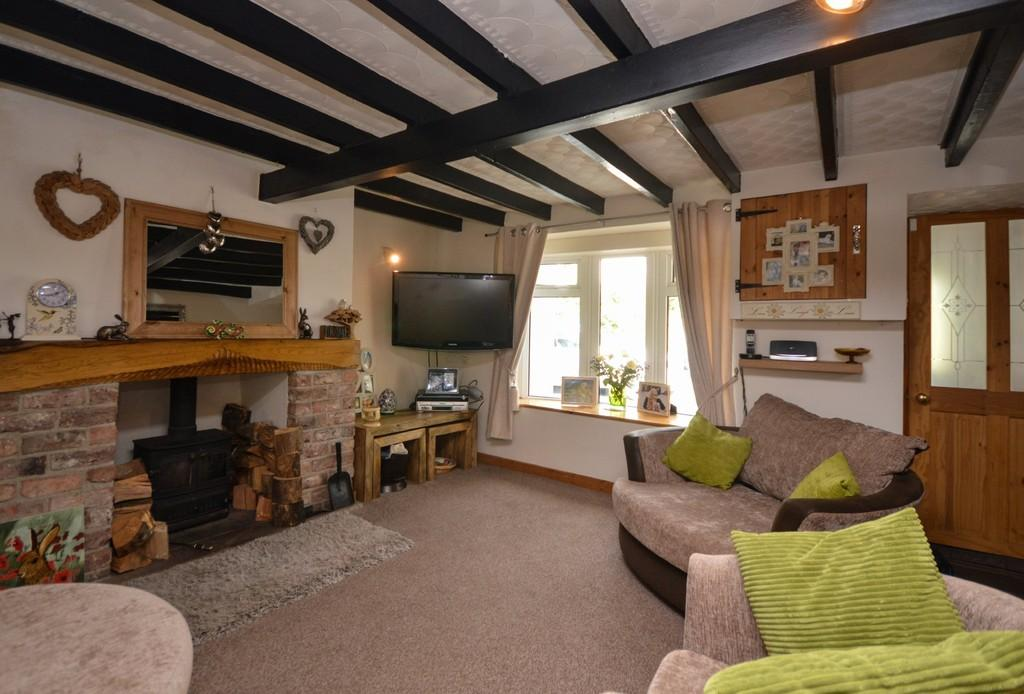 3 Bedrooms Terraced House for sale in Pant, Caerhun, North Wales