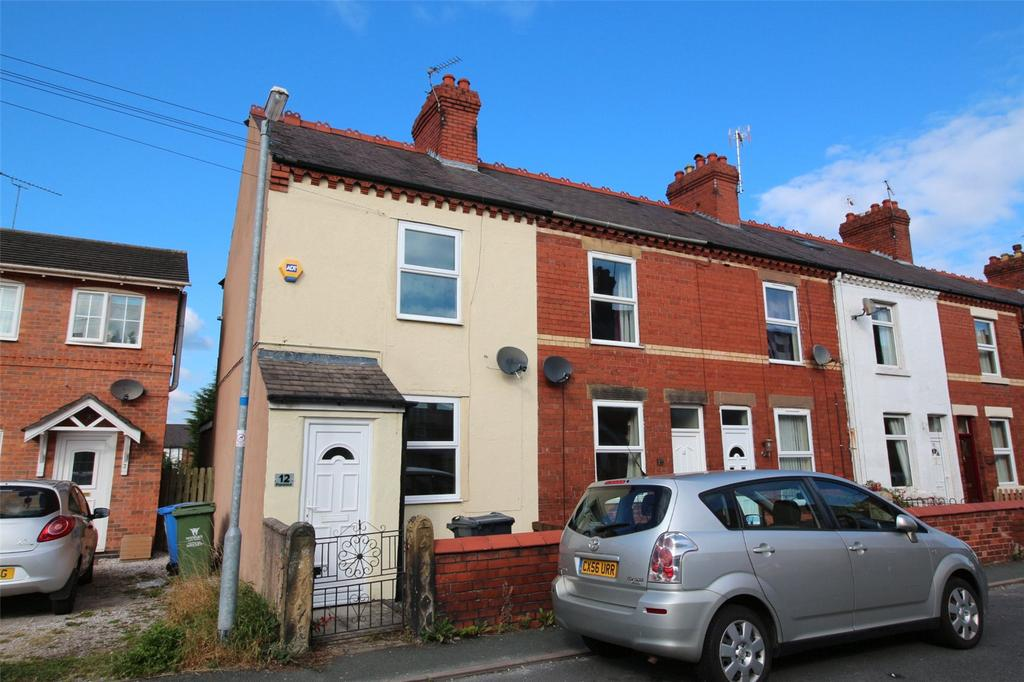 2 Bedrooms End Of Terrace House for sale in Park Street, Wrexham, LL11