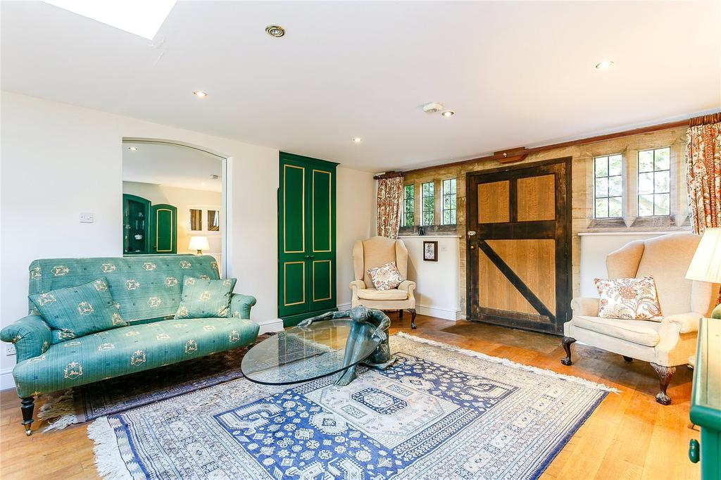 2 Bedrooms House for sale in Forest Grange Manor, Forest Road, Colgate, Horsham