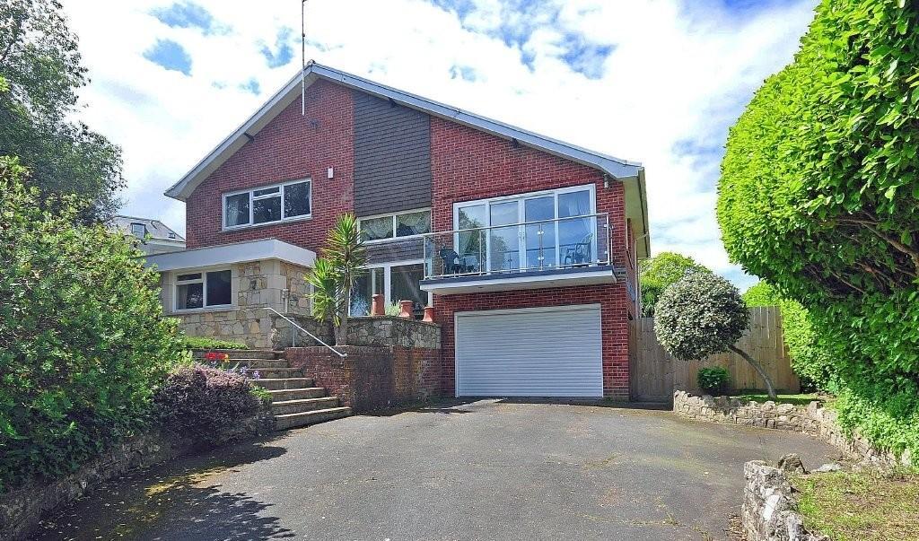 4 Bedrooms Detached House for sale in Luccombe Road, Shanklin Old Village